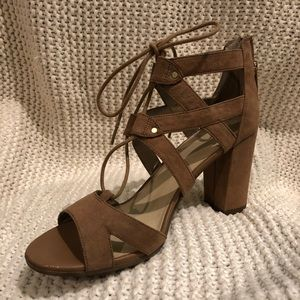 Circus by Sam Edelman Strappy Heels Size 8